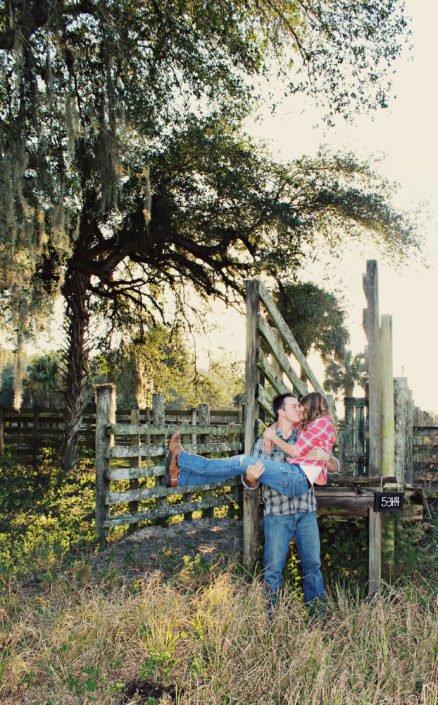 Photography Settings at Williams Farms | Southwest Florida | Engagement Photos