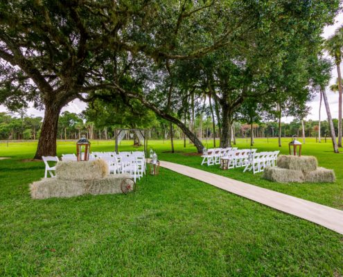Outdoor Wedding at the Barn at Williams Farms | Southwest Florida